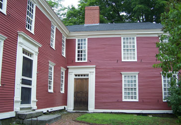 1-gilmangarrisonhouse_history