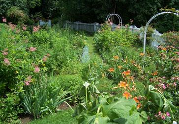 Property Care - Codman - 2007.Dorothys Garden Restoration - COD.