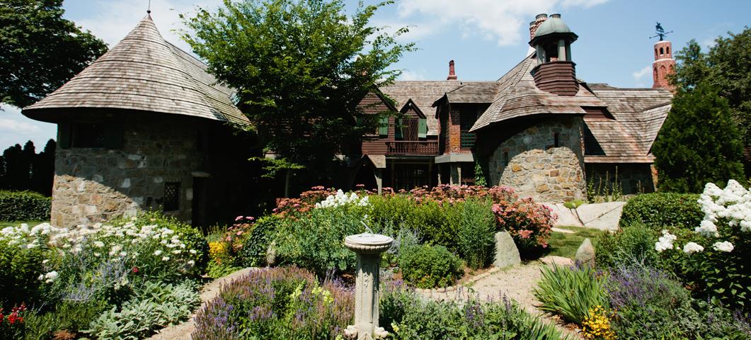 Fabulous Beauport The Sleeper Mccann House Historic New England Creativecarmelina Interior Chair Design Creativecarmelinacom