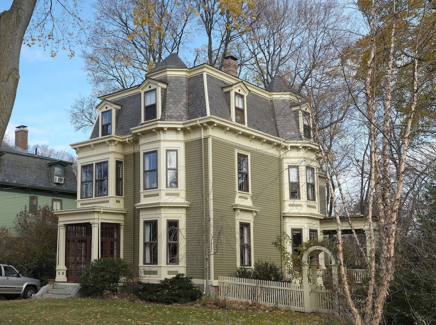historic exterior paint colorsHistoric paint colors a hit at Old House Trade Show  Historic New