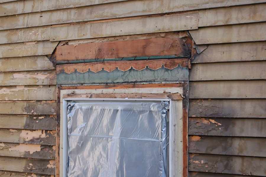 Ask The Experts Do I Dare Remove 1970s Vinyl Siding From