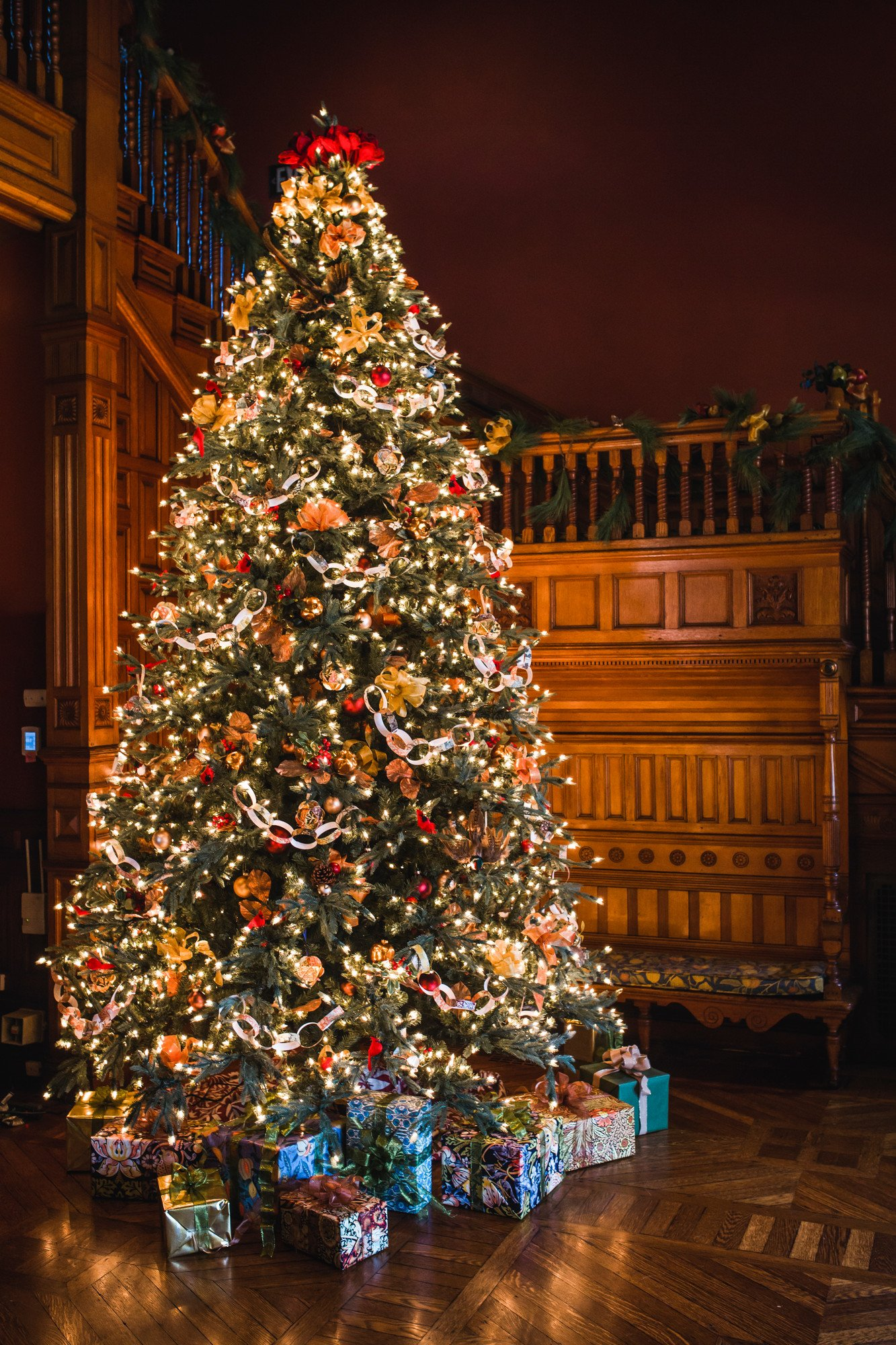 A Victorian Christmas At The Eustis Estate Historic New